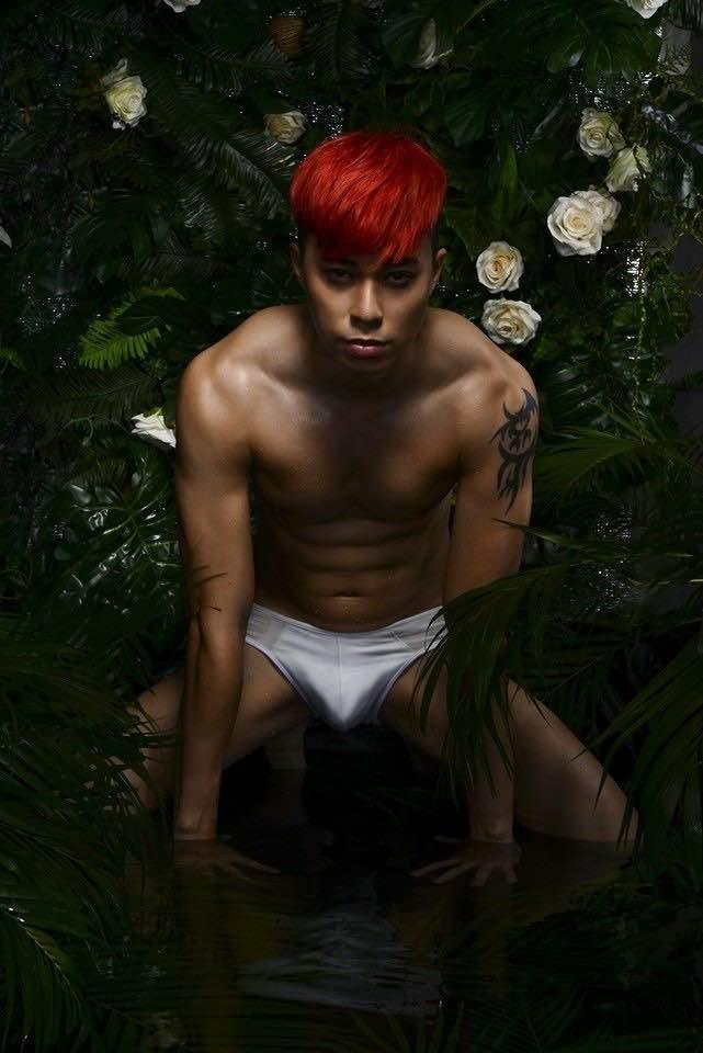 Hành trình trở thành người mẫu ảnh sexy của Max Lee