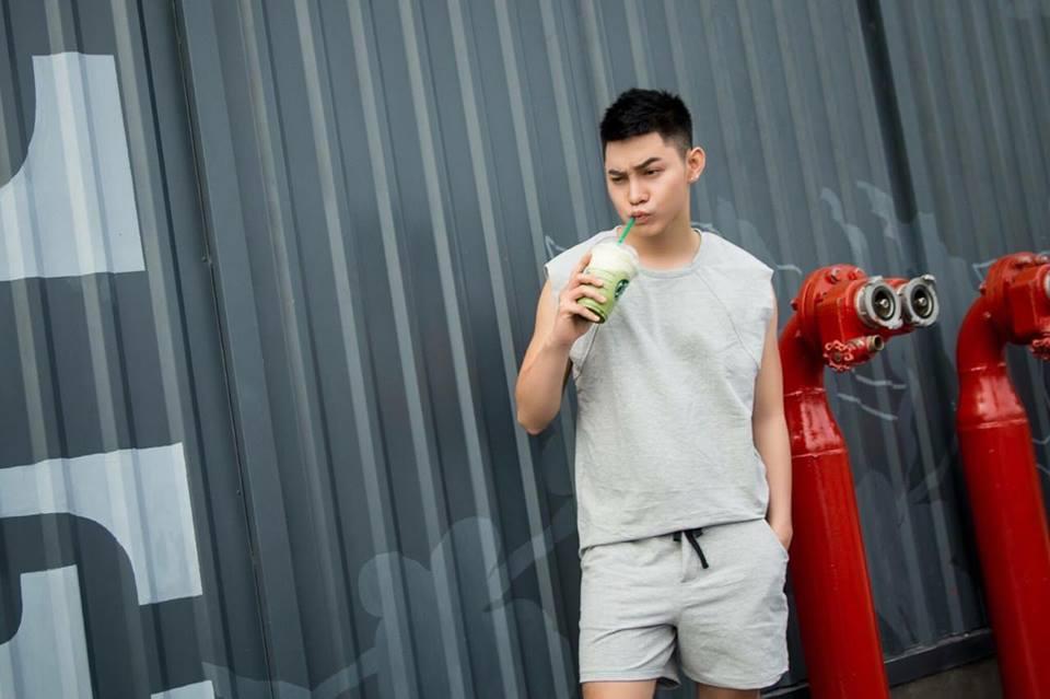 Mix đồ năng động ngày hè cùng Teenyoy Phước Ngọc Lê