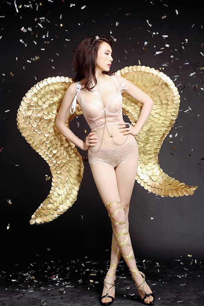 Anna Nguyễn mẫu Việt đẹp như Thiên Thần Victoria Scecret