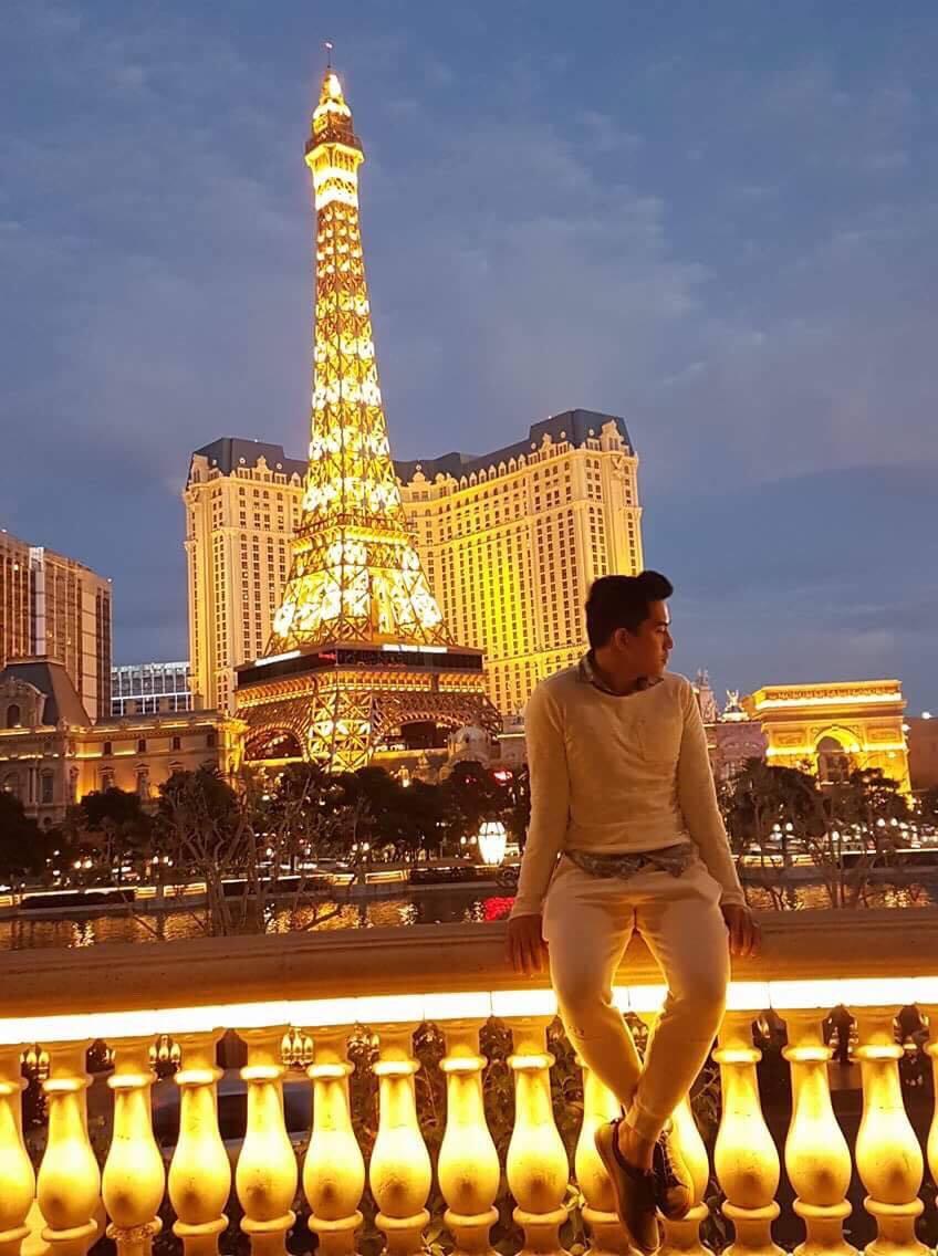 Hotboy Chinh Nguyễn khoe ảnh du lịch Châu Âu