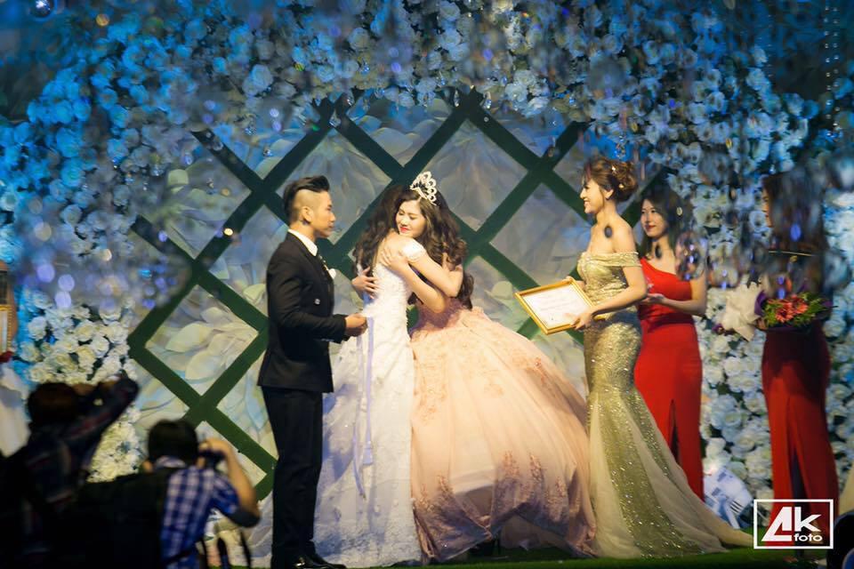 Cận cảnh dung nhan của tân Hoa khôi Thanh lịch Việt Nam 2016