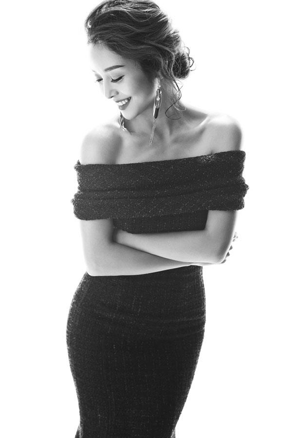 Jennifer Phạm đẹp hút ánh nhìn