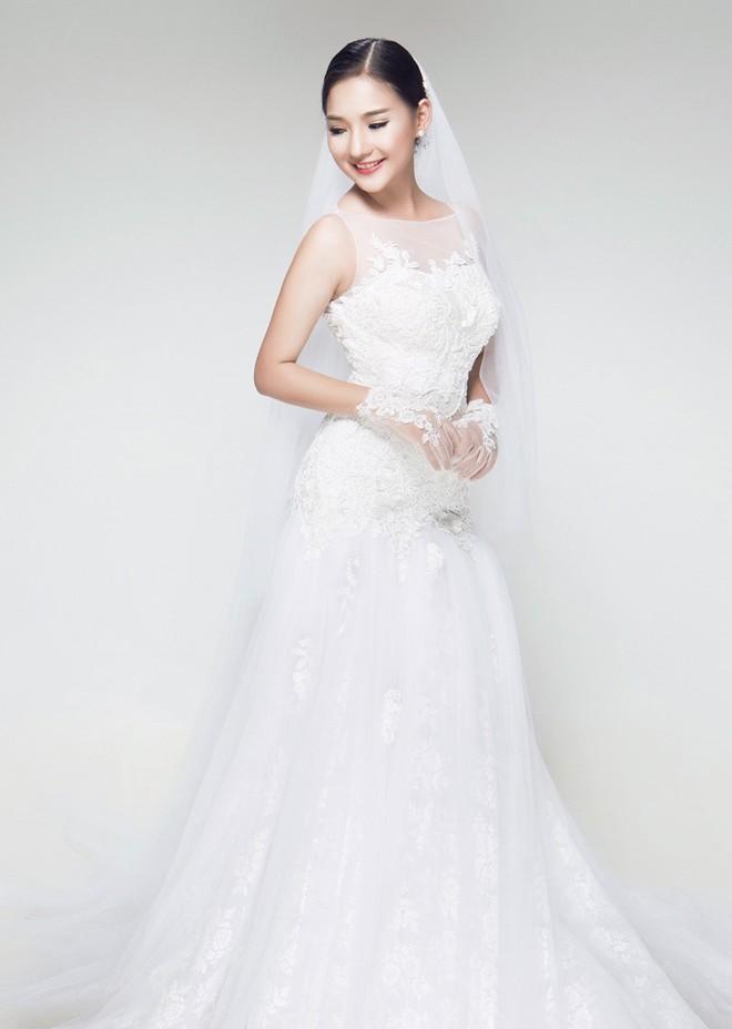 Vợ Duy Nhân tươi tắn chụp ảnh cưới - sao showbiz
