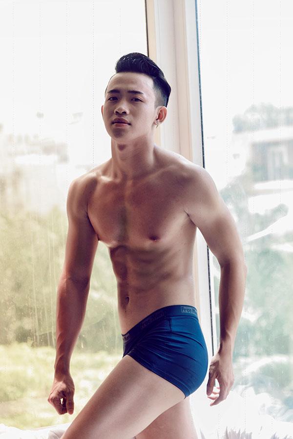Nguyễn Xuân Trường - chàng vịt con xấu xí hóa thiên nga