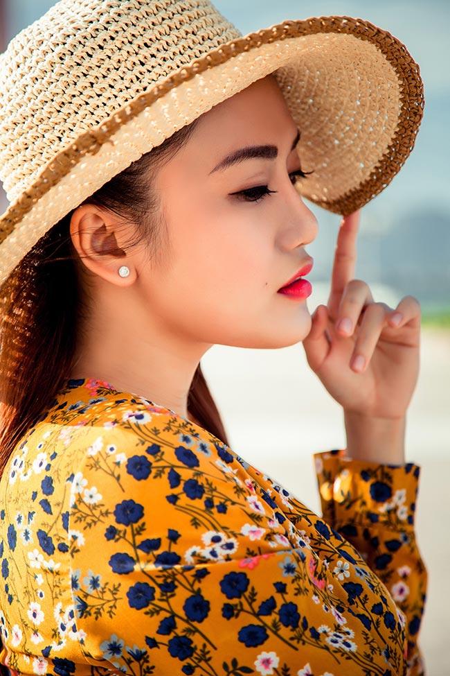 Cận cảnh vẻ đẹp mộc mạc giản dị của hot girl Nhật Thảo