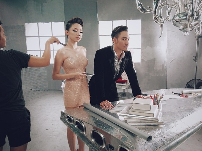 Tóc Tiên, Lý Quí Khánh, Oppo R7