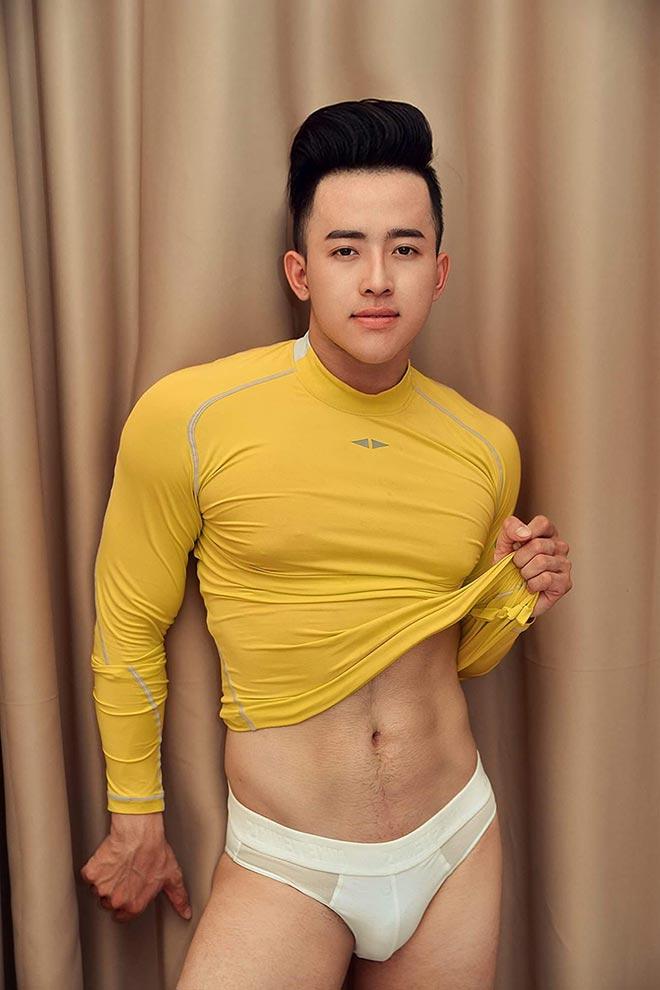 Hotboy Xuân Trường công bố đã Phẫu thuật thẩm mỹ và đổi tên Đinh Minh Trường