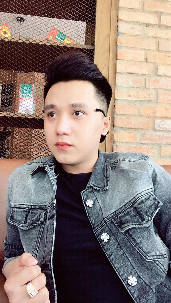 Hotboy Pin Trần