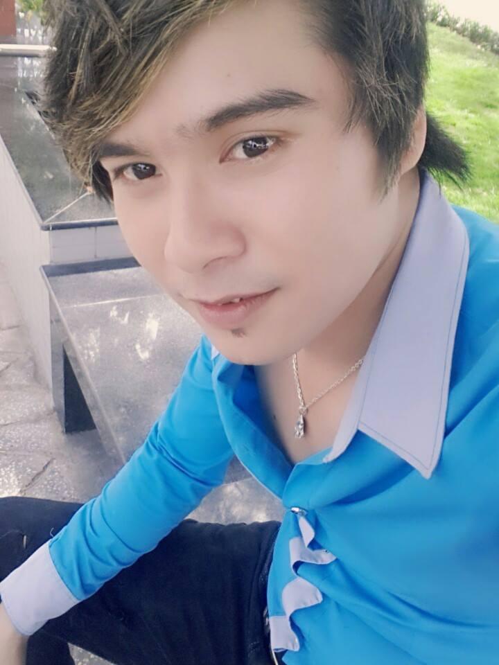 Chàng ca sĩ miền tây Thiên Bảo tung DVD Xuân