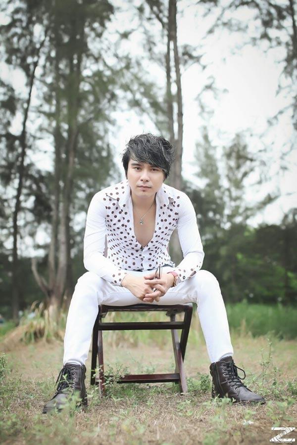 Chàng ca sĩ miền tây Thiên Bảo