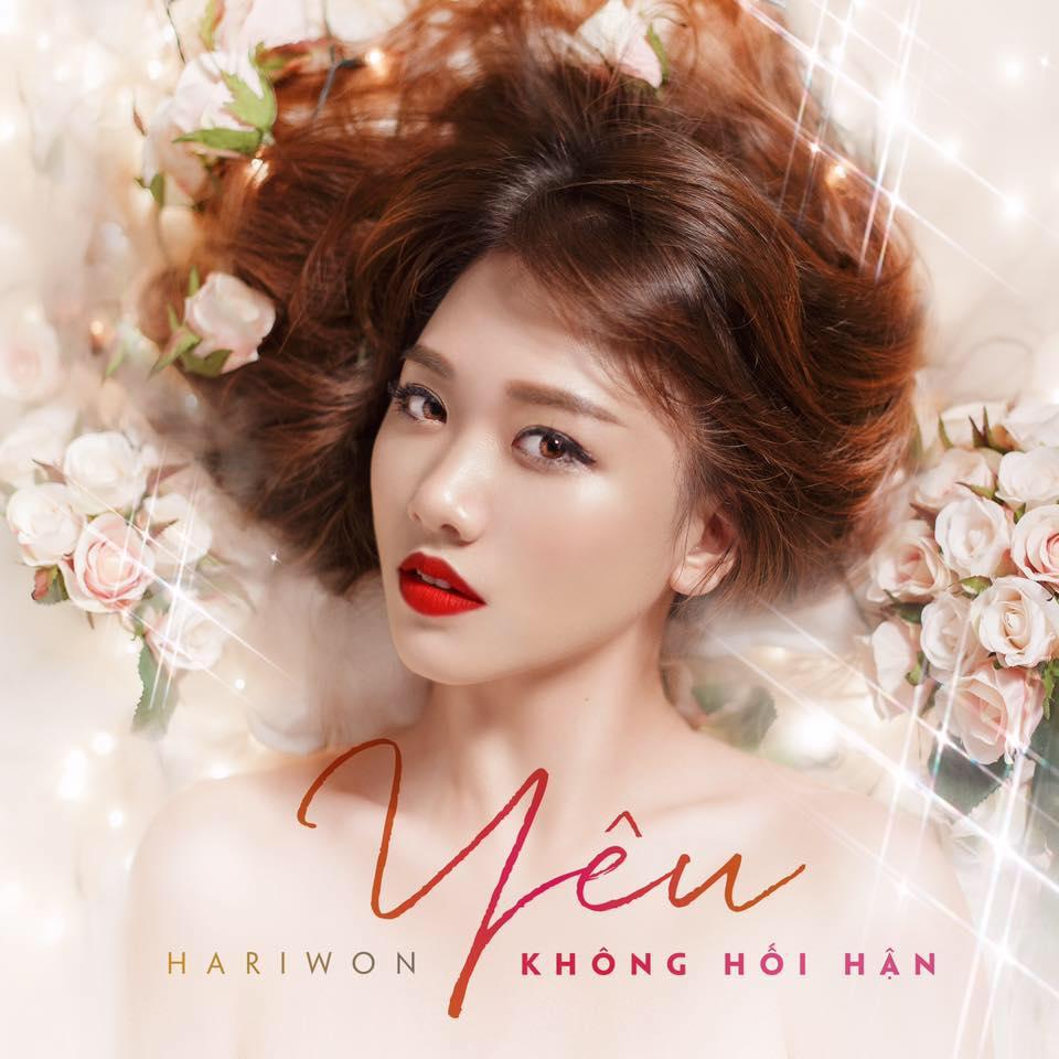Hari Won cho biết với ca khúcYêu không hối hận,côđã dành hơn 1 tháng tập phát âm và học thuộc lời