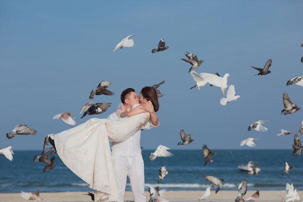 Ngắm ảnh cưới vợ chồng Vũ Duy Khánh